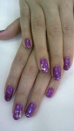 LOVIN this purple star inspired mani ღ❤ღ