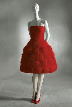 Valentino haute couture 1960.