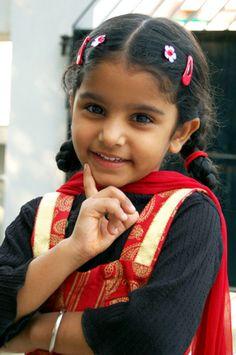 Pretty little girl : )