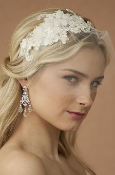 Vintage inspired bridal hair piece