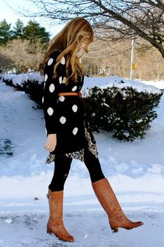 Outfit idea: dotted dress, brown boots/belt and black tneck.