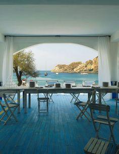 Beach house #blue floor