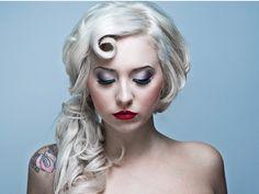 poni, blondes, vintage makeup, curls, wedding hairs