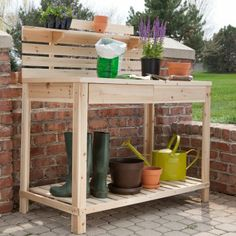 A nice simple design for a potting bench.