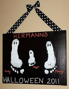 Cute DIY project for Halloween. It would be cute to have one for each holiday! (Turkey hands for Thanksgiving, etc.)