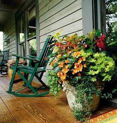Love the multi-plant flower pot!