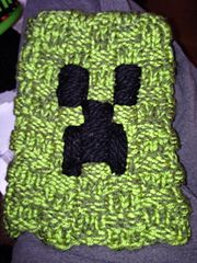Ravelry: Creeper Hat on a Loom pattern by Katherine Temple