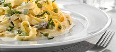 Tagliatelle with chicken and feta sauce #recipes #quickmeal www.mygreekdish.com