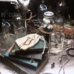 Daily Pinspiration | 10 April | Be Curious Vintage styling, visual merchandising, curious objects, jewelry