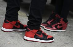 Nike. kick, red, tommi ton, street styles, men shoes, nike shoes, nike trainer, nike sneakers, air jordan