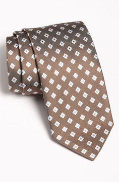 Calibrate woven silk tie