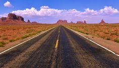 Open road to Monument Valley in NE Arizona.