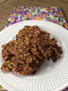#Vegan Banana Oat Breakfast Cookie #recipe via @fittingintovegan