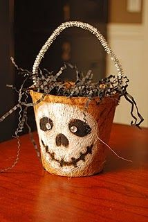 DIY Halloween Bucket ~