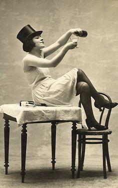 #vintage #girl #tophat