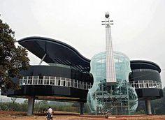 Grand Piano Building!