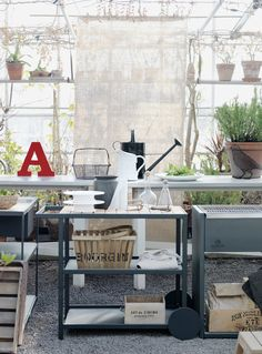 Greenhouse workbench