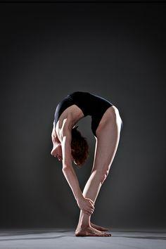 i wish i could do this at home, spine, bend compress, fitness, art, dorm rooms, homes, bikram, ardha chandrasana
