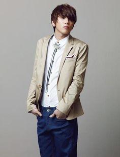 JUNG YONG HWA (C.N BLUE)