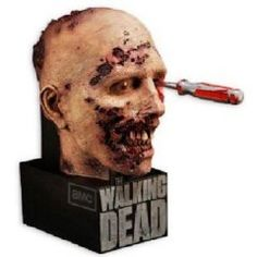 This is what the DVD box set of Walking Dead season 2 is going to look like. I need it.