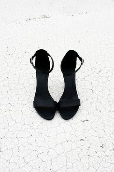 fashion, style, black shoes, black white, pump