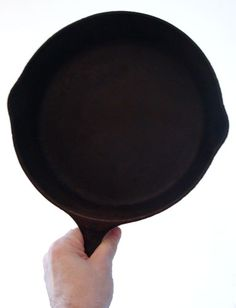 Heavy Metal: The Science of Cast Iron Cooking