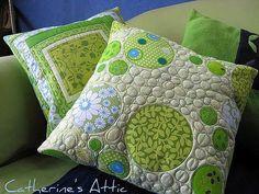 circly pillow