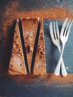 Raw Chocolate & Cashew Tart