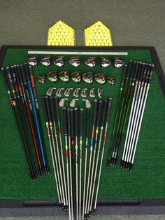 Here's a quick glance at the components in a Callaway Golf custom fitting cart