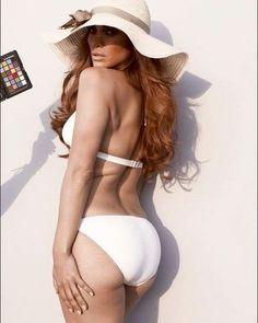 Six unretouched photos of Jennifer Lopez-she looks fabulous!