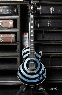 Zakk Wylde   Gibson Custom Zakk Wylde Les Paul Bullseye (Pelham Blue).