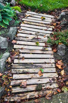 pallet wood garden walkway in fall via http://www.funkyjunkinteriors.net/