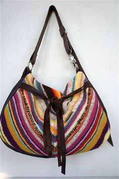 Cool crochet tote, leather sides