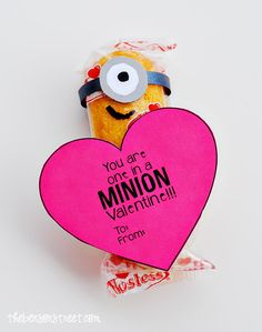 "DIY Easy Printable Minion Heart Valentine ""You are One in a Minion Valentine"" ~ Minion Twinkies... These are perfect to give to classmates, friends and kids."