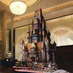 The Sugar Castle, displayed in the historic Westin St. Francis hotel in San Francisco, took over 400 hours to create by Executive Pastry Chef Jean-Francios Houdre