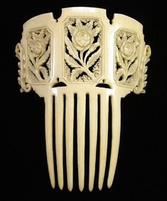 ~Victorian decorative comb~