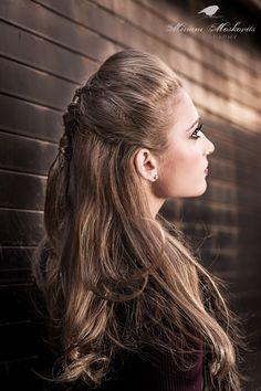 #portrait #Makeup #beauty #hairstyles #MiriamMoskovits Photography by Miriam Moskovits Makeup by Rachel Hoffman Hair by Ruchy Schwarzmer