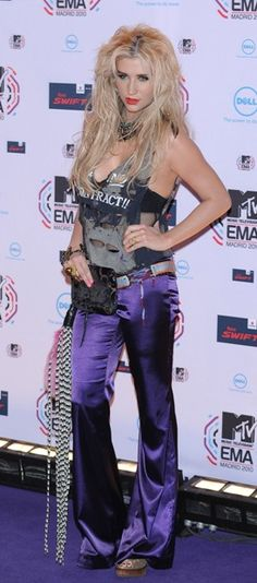 Celebrity fashions at the 2010 MTV EMAs