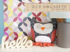 D.I.Y owl softy / pillow at deenarutter.com