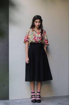 "KARAVAN Clothing  ""Faboo"" cropped shirt ""Cheeky Few"" midi skirt"