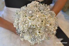 BeautyAndABudget: DIY Wedding - Brooch Bouquet