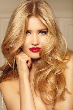 honey blonde hair