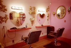 want my salon to look like this! at least the mirrors!