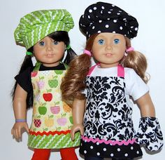 Free pattern for this cute doll chef set.
