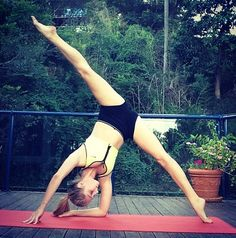Variation on a standing straddle