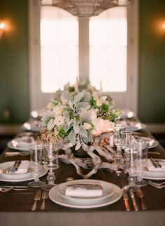 Design by Lisa Vorce and Mindy Rice.  Photography by Elizabeth Messina.