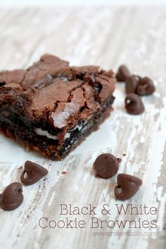 Black  White Cookie Brownies *plus* links to 15 other fantastic appetizer and dessert recipes! #baking