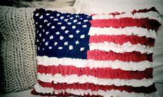 Ruffled felt ameican flag cushion (no sew)