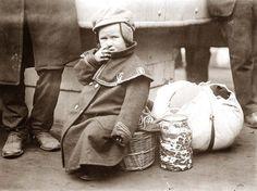 Emigrant child at ellis island