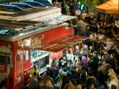 From Berlin to Chicago, the #food truck trend has been on the rise. @CNTraveler's guide to the cities with the most craveworthy mobile munchies!